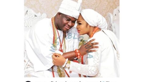 """Divorce Rumor: """"No earthly force is strong enough to break us,"""" Ooni of Ife's Queen, Naomi, allays the fear of many Nigerians. [Swipe]"""