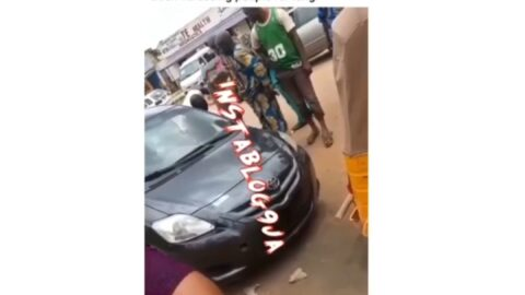 Suspected policeman assaults a tricyclist who complained about his recklessness, deflates his tyres at Agbado Ijoko road, Ogun State