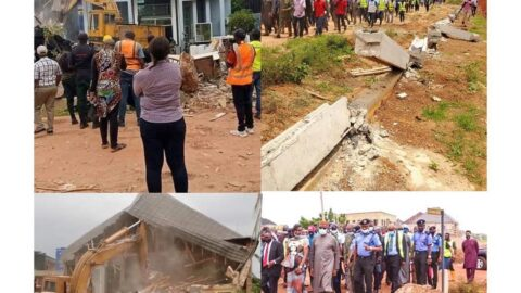 Do me, I do you: Enugu Govt demolishes the house of man who pulled down Airport fence .