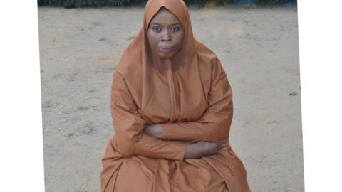 Slay mama in hijab arrested for defr*uding three traders with fake credit alerts